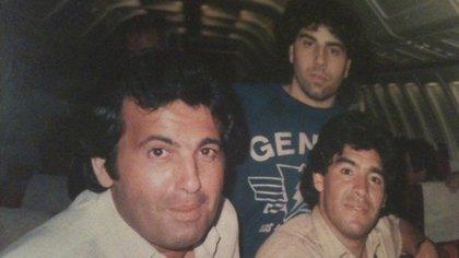 La nota que Chiche Almozhny le hizo a Maradona arriba del avión, luego de la conquista del Mundial de 1986