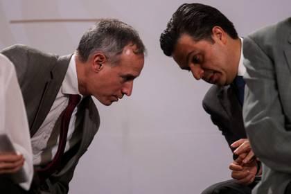 CIUDAD DE MÉXICO, 01MAYO2020.- Andrés Manuel López Obrador, presidente de México, encabezó la conferencia con motivo del Día del Trabajo en compañía de la secretaria del Trabajo, Luis María alcalde. Donde se destacó los avances en relación a la Reforma Laboral de la actual administración la cual incluyo el aumento a 123 pesos del salario mínimo. Asimismo, autoridades del sector salud: Zoe Robledo, titular del Instituto Mexicano del Seguro Social (IMSS); Hugo López-Gatell, subsecretario de Prevención y Promoción de la Salud, y Jorge Alcocer, secretario de Salud, quienes explicaron la variación que ha tenido la pandemia de Covid-19 en el territorio y cual es el panorama para los próximos días.FOTO: GALO CAÑAS /CUARTOSCURO.COM