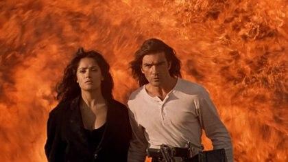 La actriz mexicana recordó cómo fue su primera escena íntima en la industria cinematográfica internacional (Foto: Sony Pictures Home Entertainment - captura de pantalla)