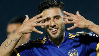 Salvio, figura de Boca anoche en Paraguay. Por ahora no se reanudarán los campeonatos locales