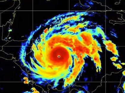 El ciclón se intensificó rápidamente en las últimas horas (Foto: NHC)