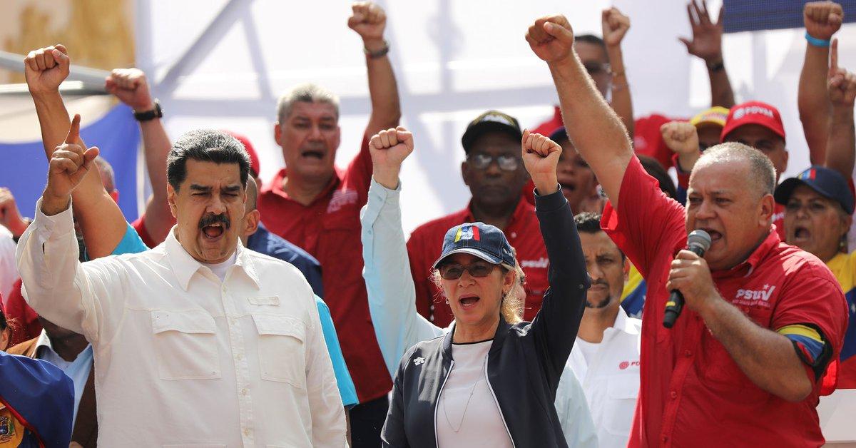 """Maduro instaló una comisión para la """"Revolución Judicial"""" y nombró como su  presidente a Diosdado Cabello, sancionado por violaciones a los DDHH -  Infobae"""