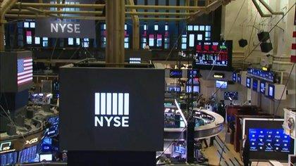 Wall Street abrió en alza este viernes (AFP)