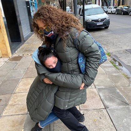 El reencuentro con Marta, después de cinco meses sin verse (Foto: Instagram @patriciasosaoficial)