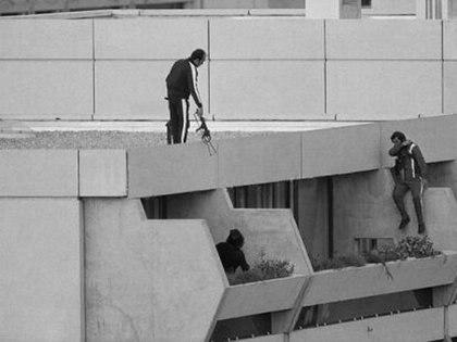 Secuestro y asesinato de 11 atletas israelíes en los JJOO de Munich 1972.