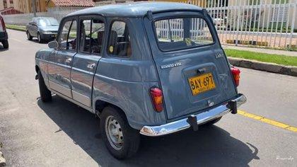 Así salió del taller, después de meses de mantenimiento, el Renault 4 de Ricardo. Su 'amigo fiel'.