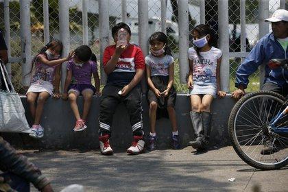 Entre abril y octubre, el Children's Hospital & Medical Center trataba alrededor de dos casos de este tipo al mes, el 30 por ciento de ellos en la UCI. (Foto: AP/Marco Ugarte)