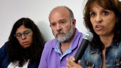 Heredia (der.) junto a Sergio Maldonado y su esposa, Andrea Antico (Nicolás Stulberg)