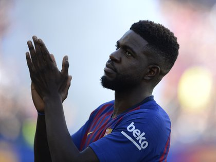 Con la posible llegada de Matthijs de Ligt al Barcelona, Samuel Umtiti perdería su estatus de intocable (AFP PHOTO / Josep LAGO)