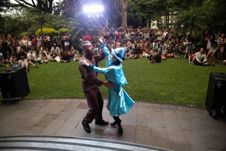 Por primera vez se simuló el baile de estudiantes que ocurre en el Torneo de los Tres Magos