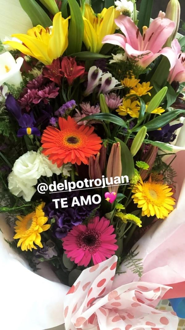 Del Potro le mandó un ramo de flores a Jimena Barón