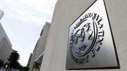El FMI ha reportado una variedad de cifras para la tasa de inflación anual en Venezuela (AP)