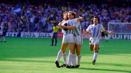 Para Ruggeri, aquel triunfo sobre Brasil en el Mundial de 1990 fue más simbólico que la victoria ante Inglaterra en 1986 (Reuters)
