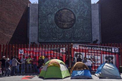 Maestros disidentes de la CNTE presionaron para modificar algunos puntos de la Reforma Educativa (Foto: Cuartoscuro)