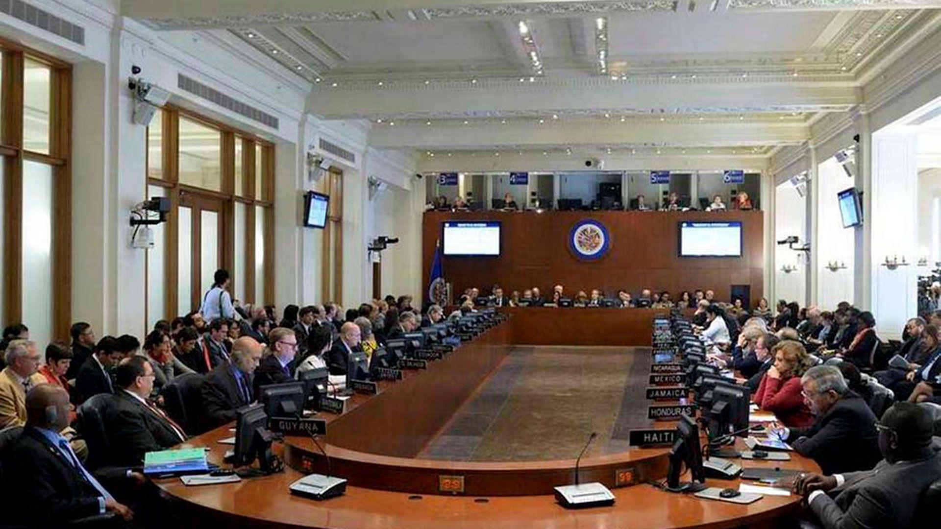 La cumbre de la OEA para definir su nuevo presidente sería cancelada
