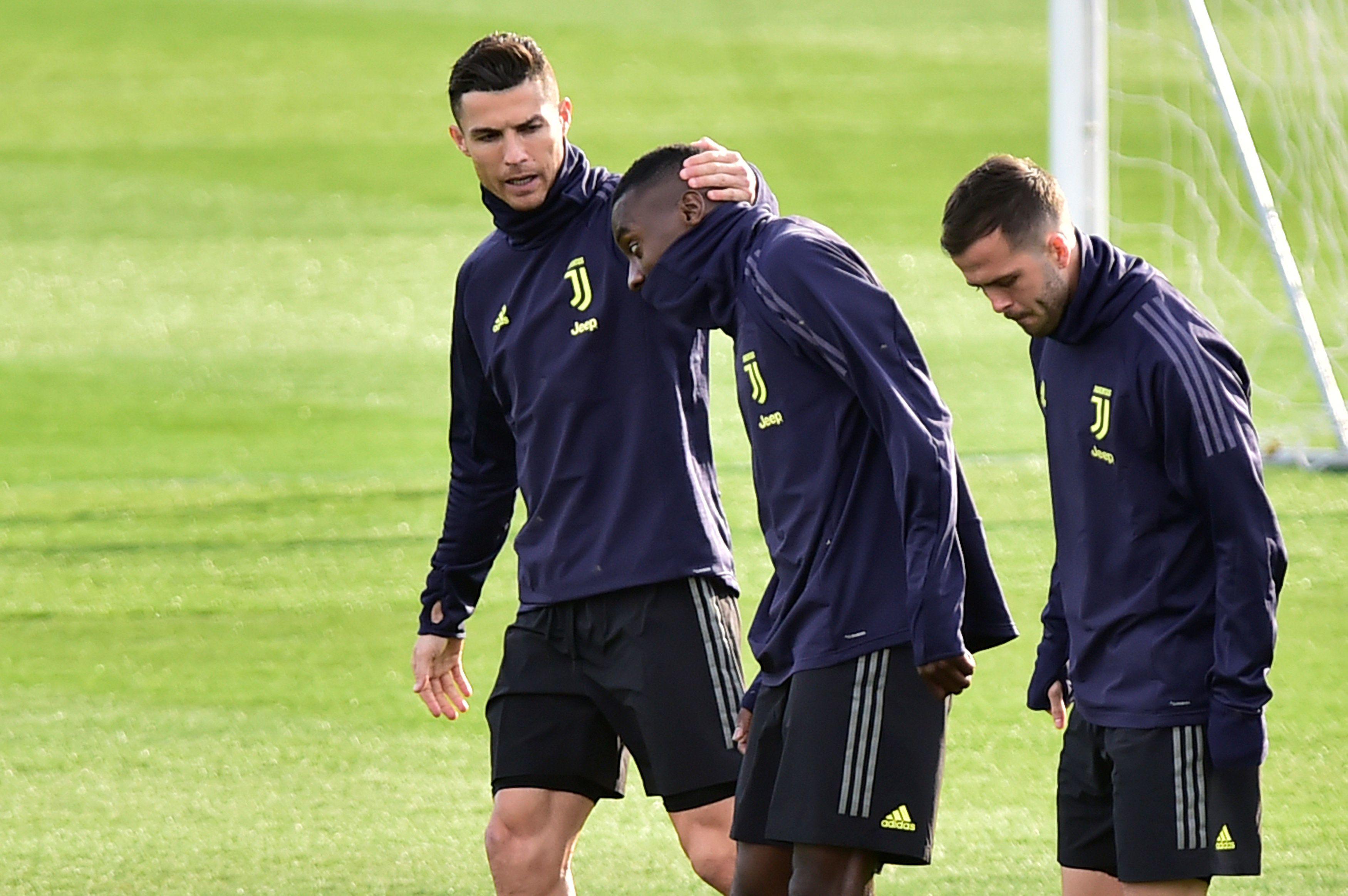 Juventus volverá a los entrenamientos este lunes, respetando el distanciamiento social (REUTERS)
