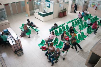 Una de los contras de estar en la Modalidad 40 es que los trabajadores no tienen derecho a servicio de Seguridad Pública (Foto: Cuartoscuro)