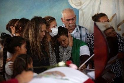 La madre de Yessica Silva también pidió justicia por la muerte de su hija (Foto: José Luis González/ Reuters)