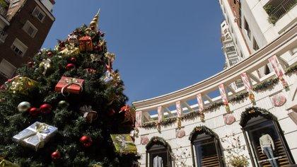 El Paseo del Ángel está ubicado en el barrio de Belgrano, entre las calles Sucre y Arcos, en Buenos Aires, Argentina (Adrián Escandar)