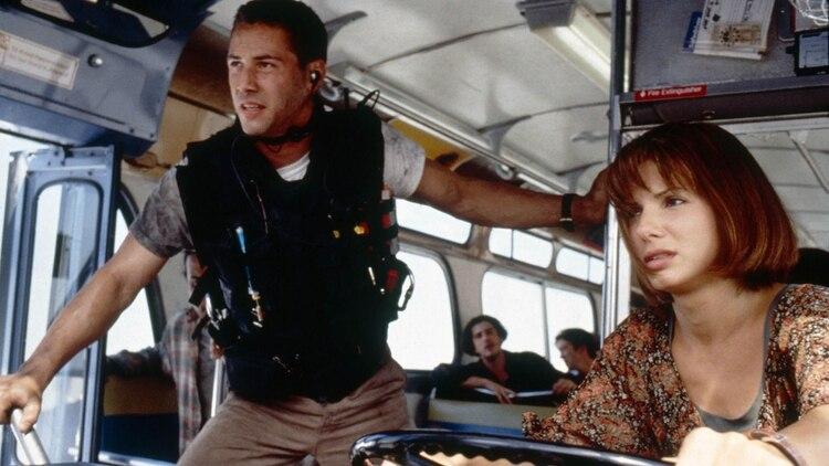 """Sandra Bullock y Keanu Reeves protagonizaron """"Speed"""" en 1994"""