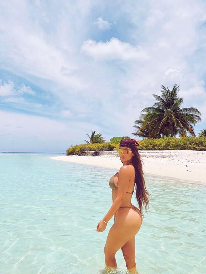 Kim Kardashian reveló que había pedido a los invitados que se pusieran en cuarentena durante dos semanas antes de las celebraciones en Tahití (@kimkardashian)