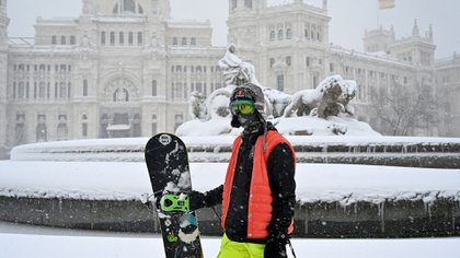 A pesar del frío, muchos madrileños disfrutaron del clima para hacer deporte (Foto: GABRIEL BOUYS / AFP)