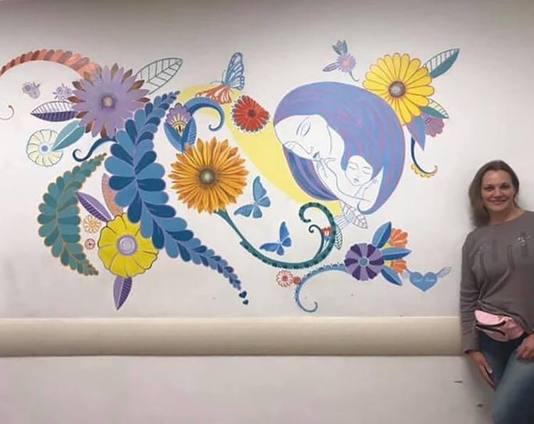 El dibujo pintado en el interior del pabellón de Maternidad