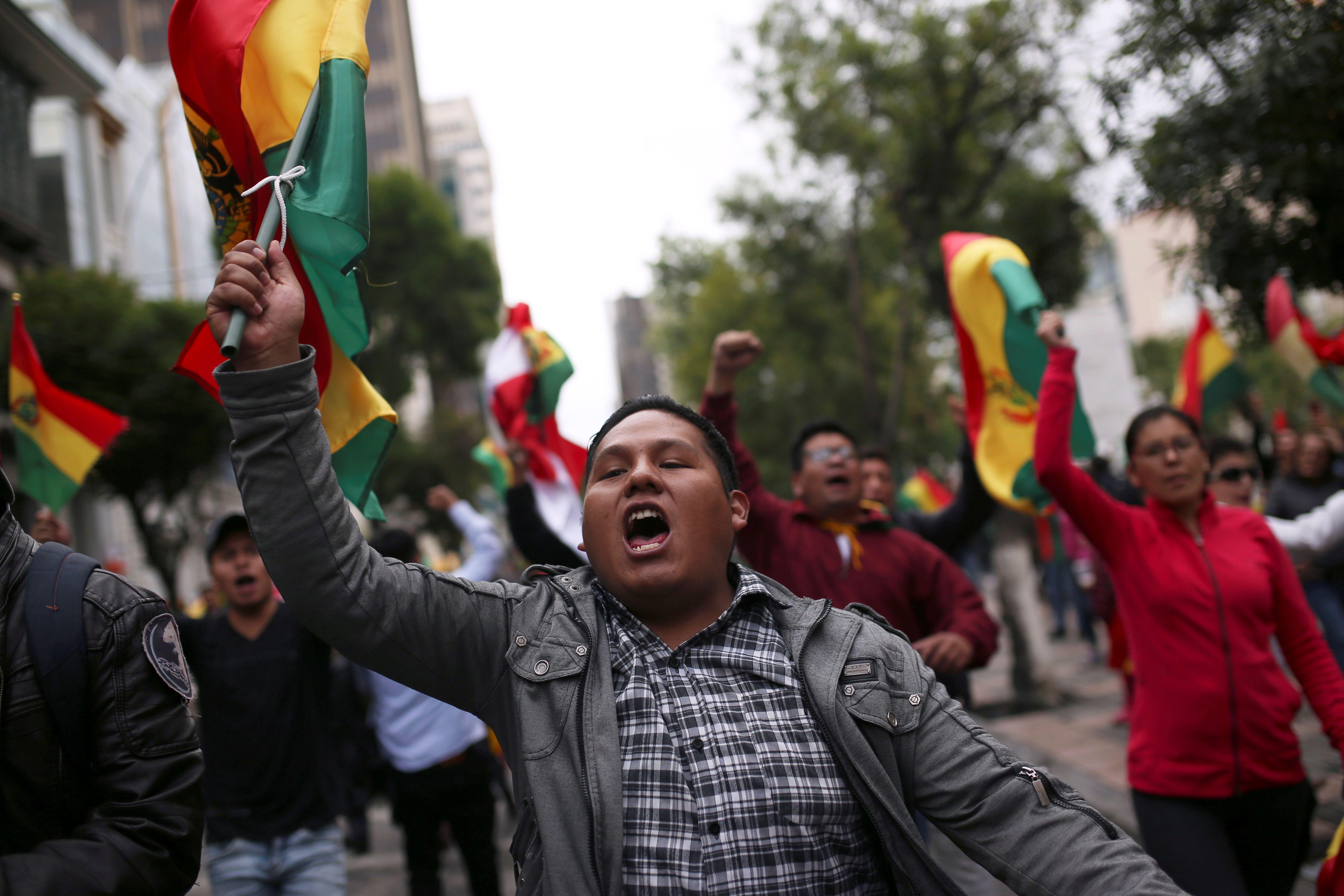 Bajo otras circunstancias era impensada la posibilidad de que la oposición llegue al centro de La Paz. Sin embargo, Morales fue perdiendo cada vez más apoyos
