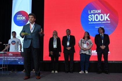 Gustavo Pierini (Presidente de Gradus Management Consultants - Brasil)  habló como graduado del MIT y emprendedor, sobre las bondades del concurso 100K Latam