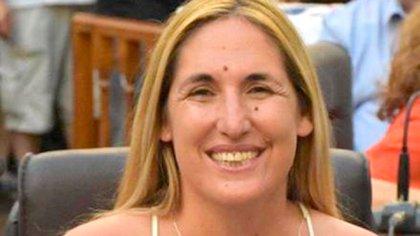 La concejal Paola Enrico también recibió su vacuna contra la COVID-19