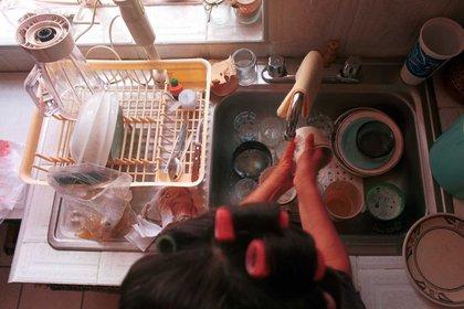 Entre los grupos sociales más vulnerables destaca el de las amas de casa sin remuneración, donde se estima que han ocurrido el 28.1% del total de muertes por coronavirus (FOTO: Oswaldo Ramírez/Cuartoscuro)