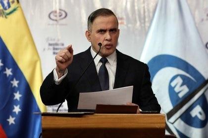 Foto de archivo del fiscal general de Venezuela, Tarek Saab, en una rueda de prensa en Caracas.  May 8, 2020. REUTERS/Manaure Quintero