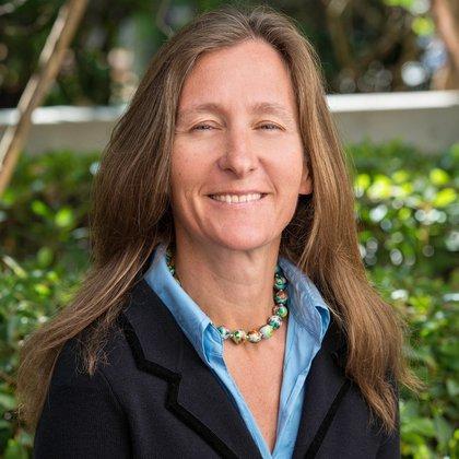Anna Lembke, miembro del Departamento de Psiquiatría y Ciencias del Comportamiento de la Escuela de Medicina de la Universidad de Stanford. Fue una de las primeras voces en los Estados Unidos que alertó sobre la epidemia de los opioides (Stanford University)