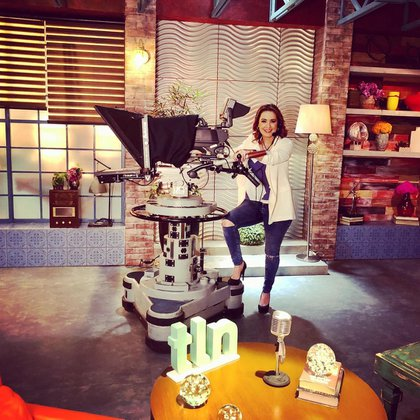 Aurora Valle aseguró que seguirá trabajando en Televisa (Foto: Instagram@auroravallel)
