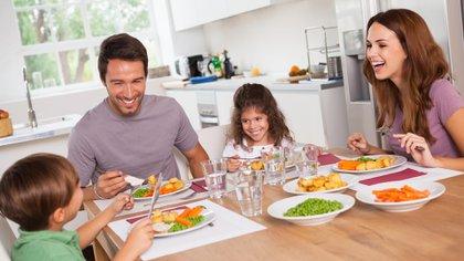 Recuperar la alimentación casera en casa es una cosa positiva del confinamiento por COVID-19 (Shutterstock)