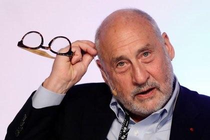 Los inversores afirman que la carta firmada por Joseph Stiglitz y otros economistas no cambiará la situación legal de la Argentina ante los tribunales extranjeros ni aumentará la participación en el canje