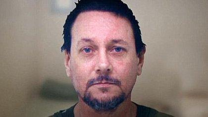 Cowan estuvo prófugo por varios años antes de ser sentenciado a cadena perpetua