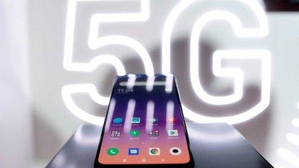 La red 5G promete una velocidad de internet de entre 100 y 1,000 veces más rápida. (Foto: EFE)