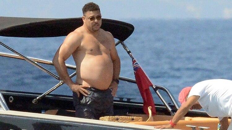 Ronaldo habló sobre su sobrepeso y los días de fiesta en su época de futbolista||(Grosby)