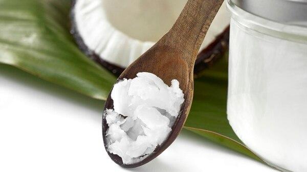 El aceite de coco es parte del boom saludable, pero cardiólogos y nutricionistas dudan. (iStock)