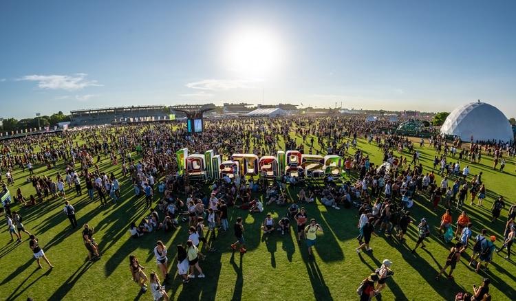 Durante los seis años del festival creado por Perry Farrell, las bandas y artistas más importantes del mundo, así como también las revelaciones del momento, pisaron suelo argentino de la mano de Lollapalooza