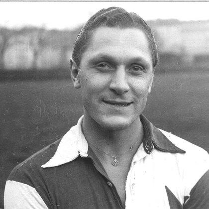Josef Bican murió en diciembre de 2001