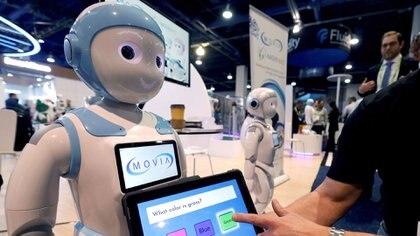 El robot iPal es capaz de bailar y hasta ayudar a los niños con las tareas (Reuters)