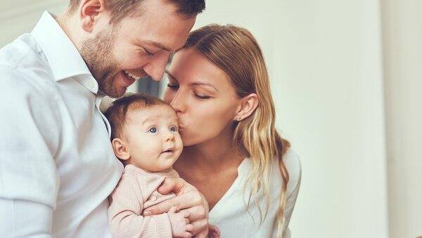 La mayoría de las empresas ya tiene beneficios extra para las mamás, ahora es el turno de ellos
