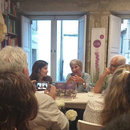 """""""A los diez años, cuando leí el Quijote, me propuse ser escritora"""". (María Rosa Iglesias)"""