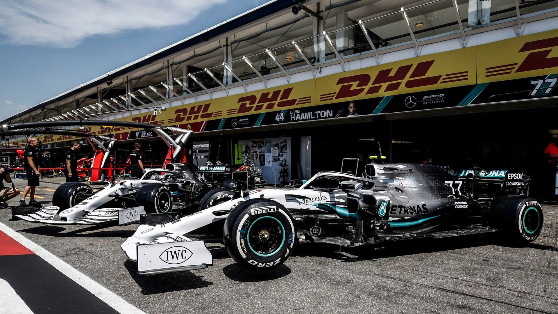 Los autos con la decoración especial que lucen este fin de semana por las 200 carreras.