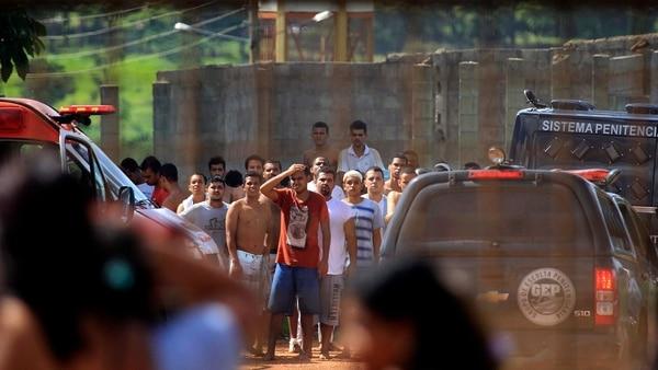 Al menos 9 personas fueron asesinadas y 14 resultaron heridas durante un enfrentamiento en una cárcel del estado de Goiás (AP)
