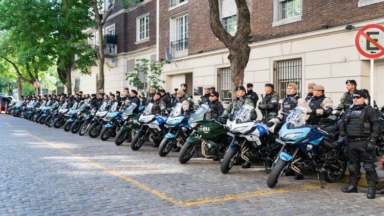 El grupo está integrado por miembros de las cuatro fuerzas de seguridad (Foto: Policía de Seguridad Aeroportuaria).
