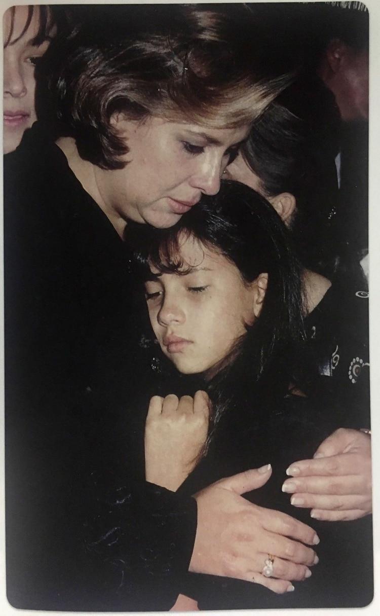 Cuando Escobar fue asesinado en 1993, ella tenía 33 años. (Victoria Eugenia Henao – Editorial Planeta)