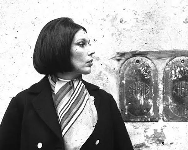 Sara Gallardo nació en diciembre de 1931